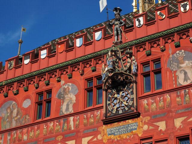 basilea ayuntamiento suiza
