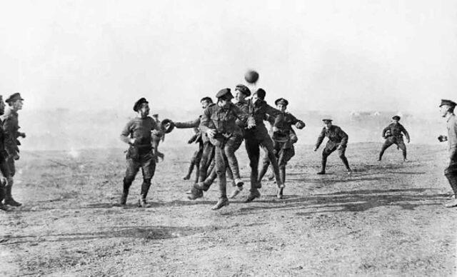 partido futbol soldados