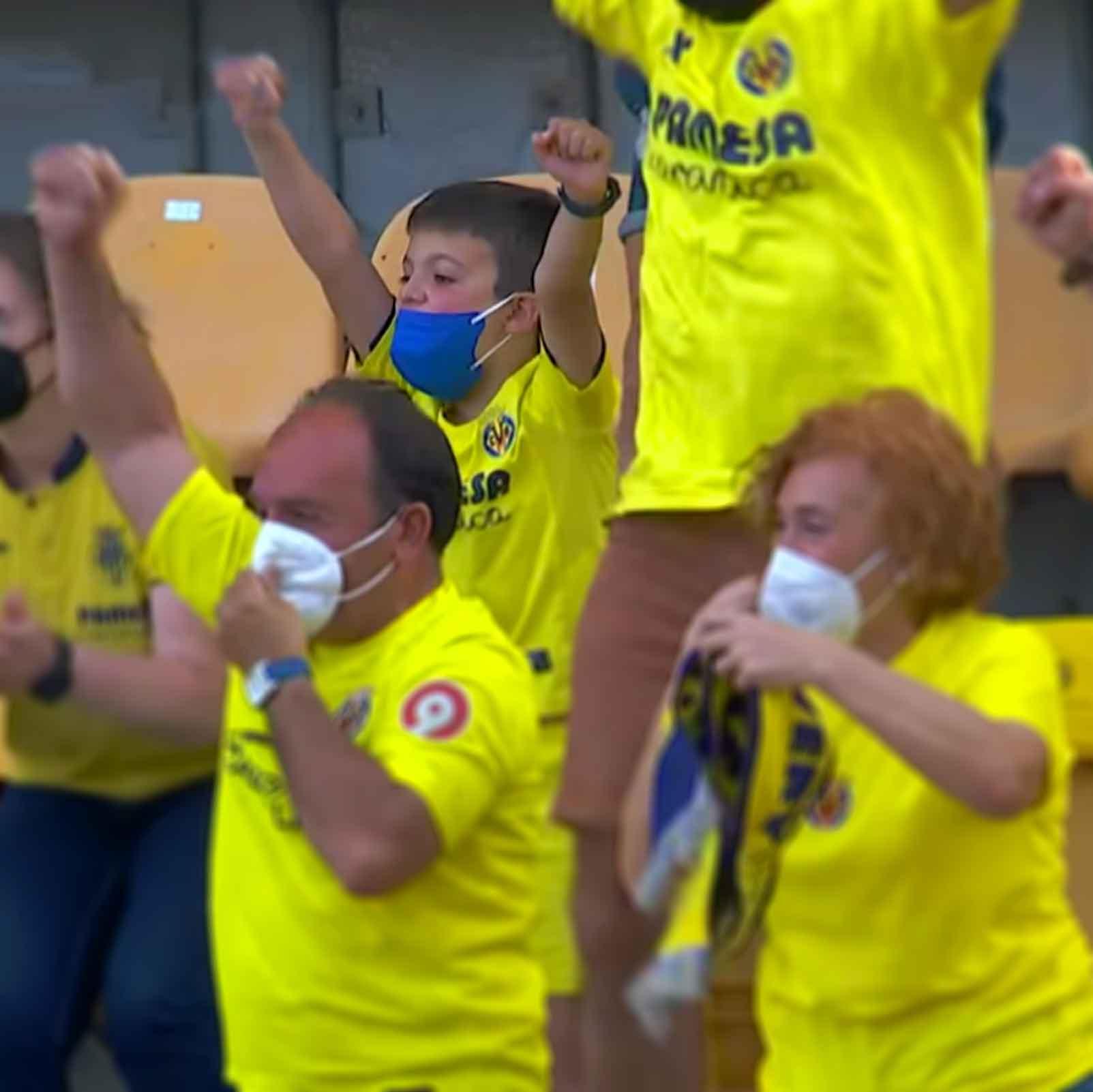 aficionados villarreal celebran gol covid-19